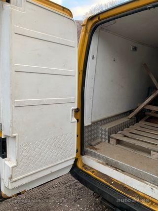 Ford Transit 350M VAN Külmik 2.4 66kW