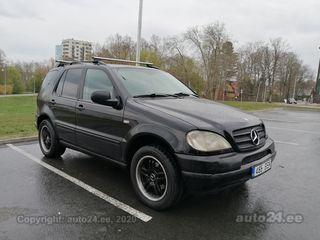 Mercedes-Benz ML 270 2.7 120kW