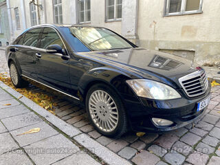 Mercedes-Benz S 320 Long 3.0 V6 155kW