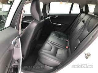 Volvo V60 Momentum Facelift 2.0 D4 140kW