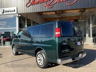 GMC Savana 1500 LT AWD 5.3 V8 Flex Fuel