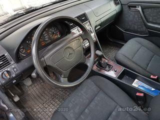 Mercedes-Benz C 180 1.8 90kW