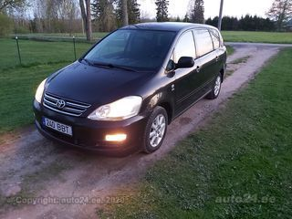 Toyota Avensis Verso 2.0 D-4D 85kW