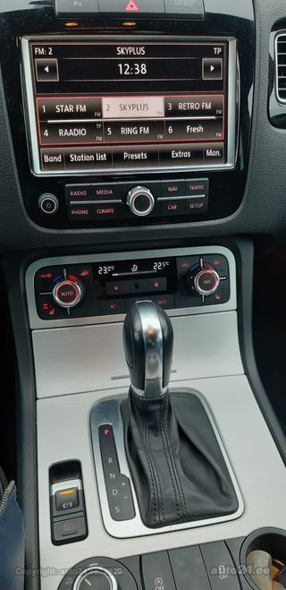 Volkswagen Touareg Bluemotion 3.0 V6 TDI 176kW