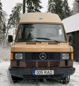 Mercedes-Benz L 309 D James Cook 3.0 66kW