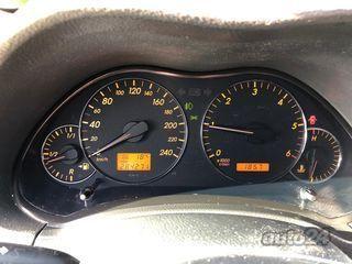 Toyota Avensis 2.2