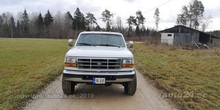 Ford F-250 7.3 V8 180kW