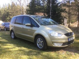 Ford Galaxy Ghia 2.0 107kW