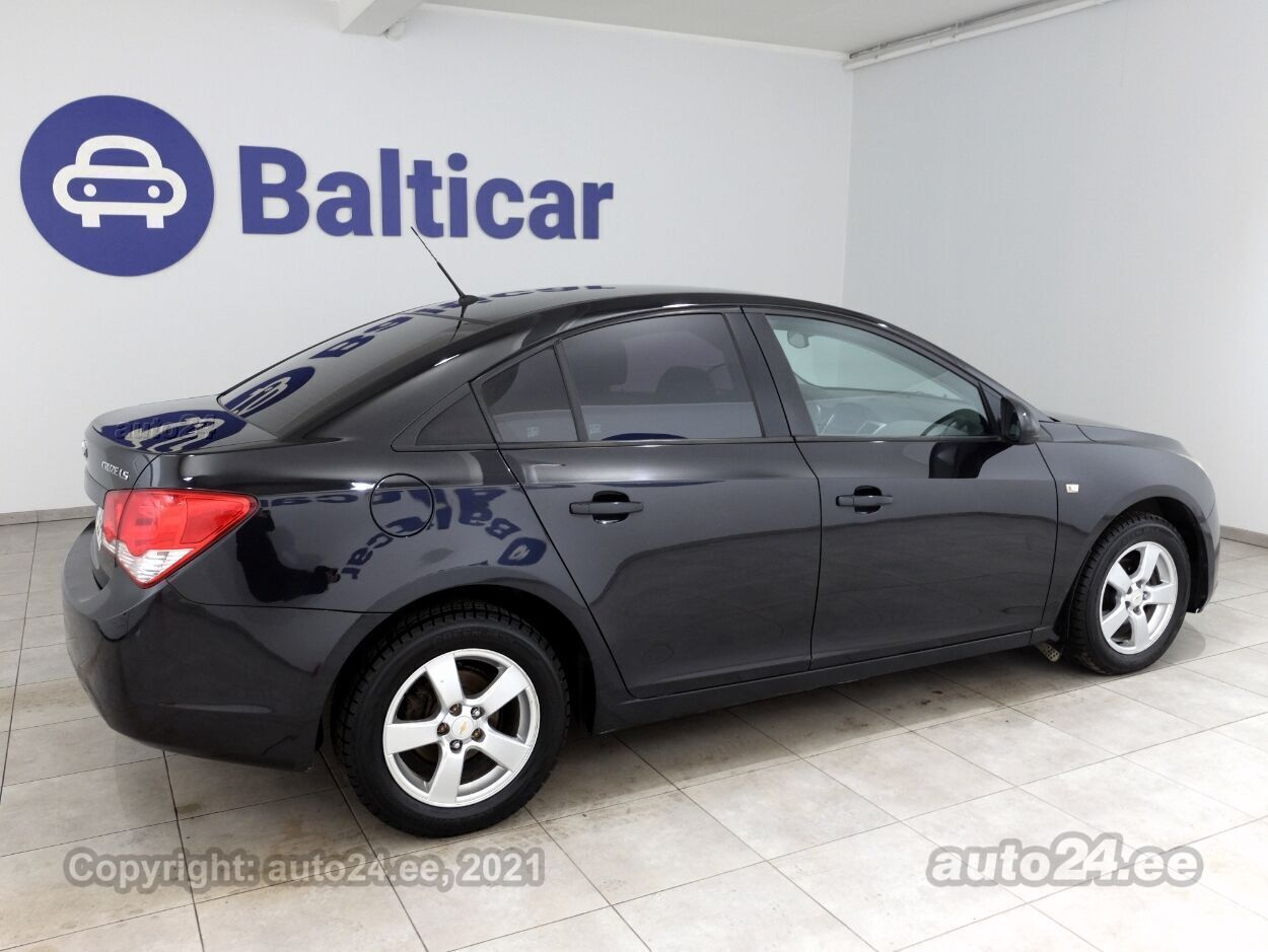 Chevrolet Cruze Comfort ATM 1.6 83 kW - Photo 3