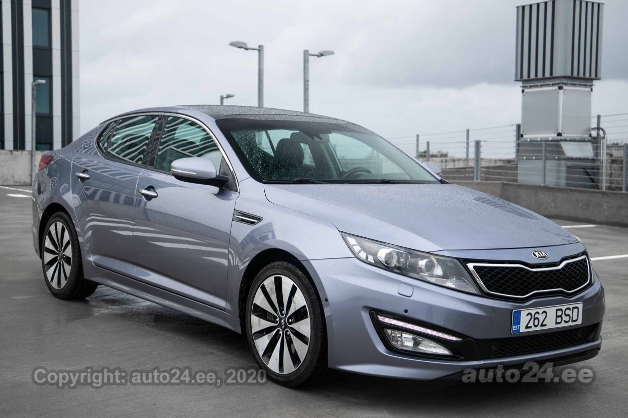 Kia Optima Premium Selection - Photo