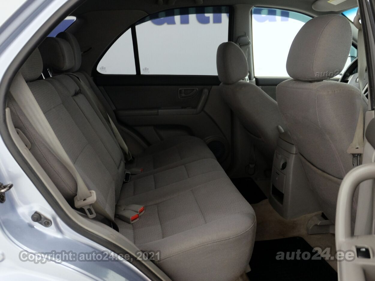Kia Sorento Comfort 2.4 102 kW - Photo 7