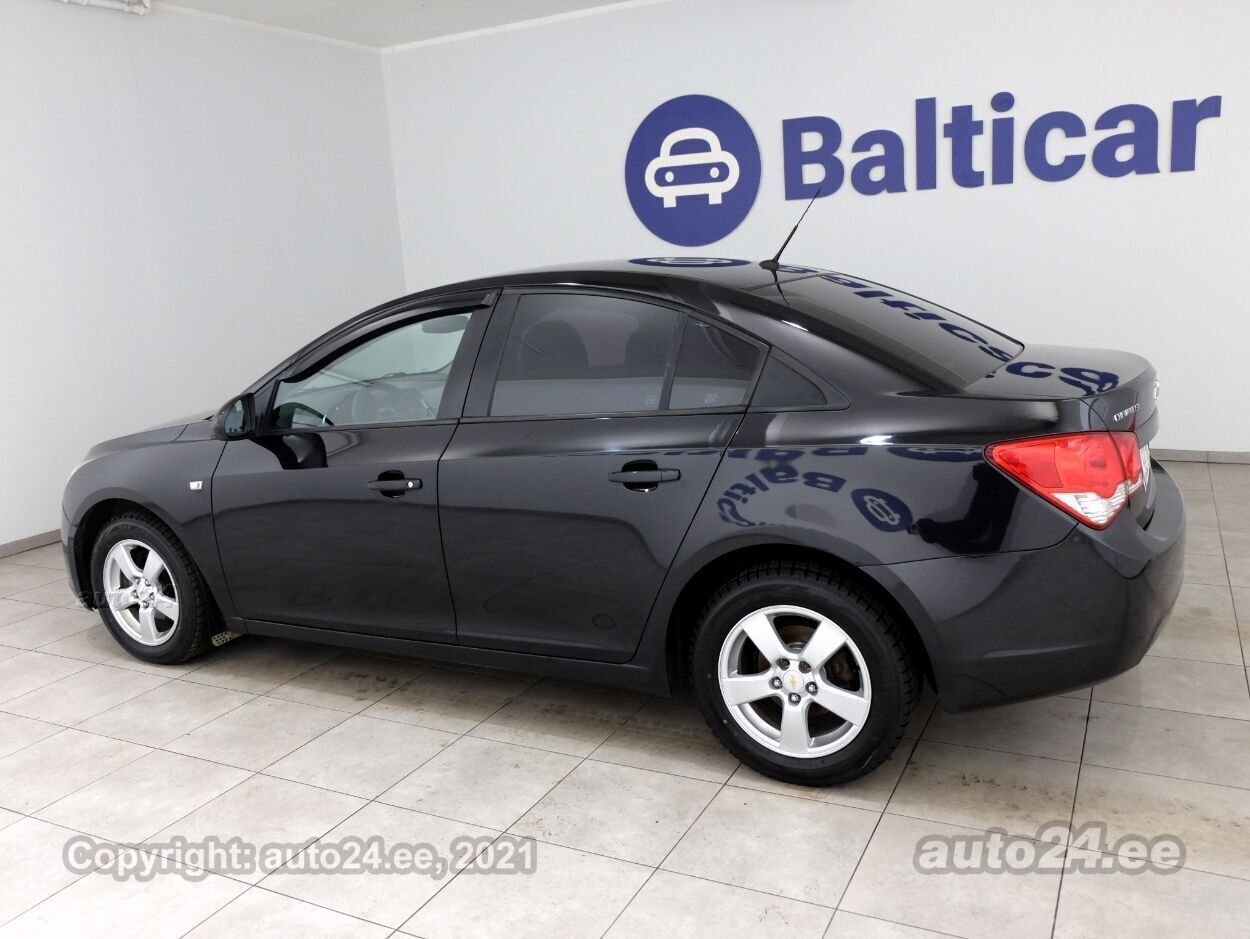 Chevrolet Cruze Comfort ATM 1.6 83 kW - Photo 4