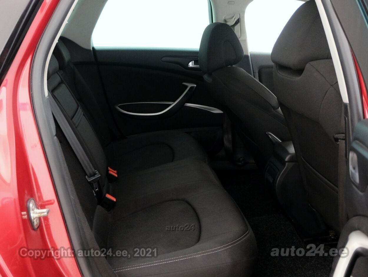 Citroen C5 Comfort 2.0 103 kW - Photo 7