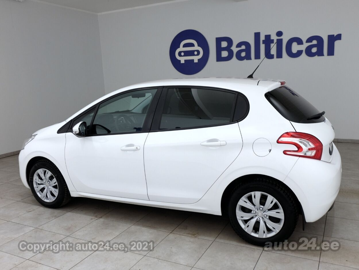 Peugeot 208 Active 1.4 HDi 50 kW - Photo 4