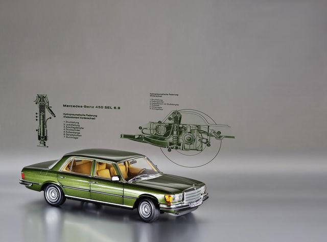 Mercedes-Benz 450 SEL 6.9 (1:18).  Foto: Norev