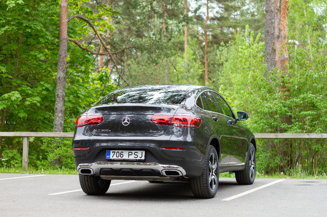 Mercedes-Benz GLC 300 e 4MATIC Coupé. Foto: Laas Valkonen