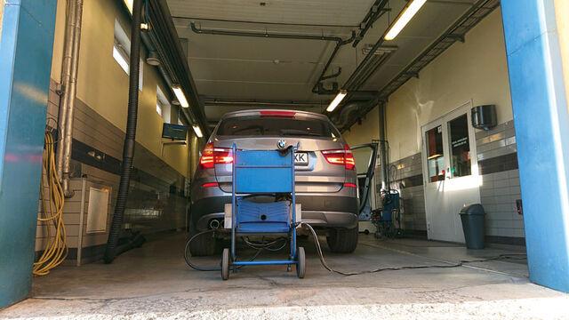 Tehnoülevaatuse läbis BMW ilma ühegi etteheiteta. Foto: Alo Soolo